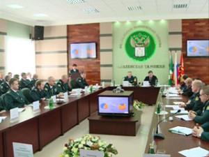 Глава Смоленского региона ознакомился с работой передового таможенного поста