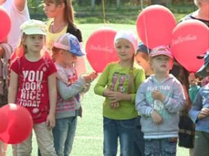 В гимназии № 4 Смоленска прошла добровольческая акция «Безопасное детство»