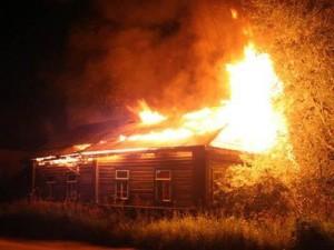Под Смоленском мужчина погиб при пожаре на даче