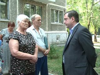 Глава региона Алексей Островский помог смолянам разобраться с застройщиком