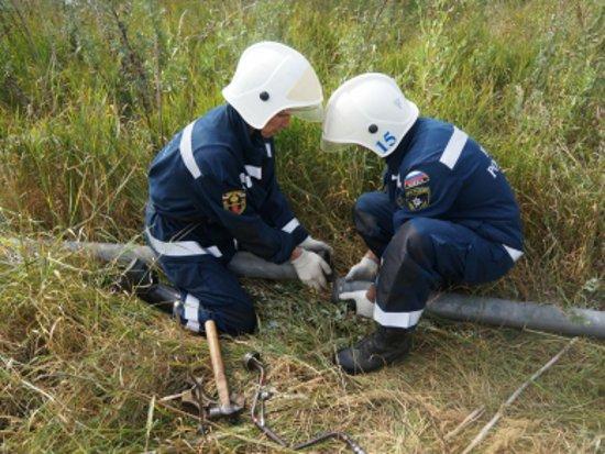 Под Смоленском протянут трехкилометровую трубу для обводнения торфяников