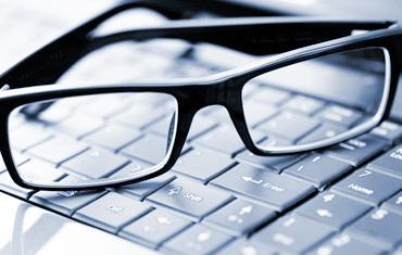 Адвокат. Почему следует выбирать онлайн-адвоката?