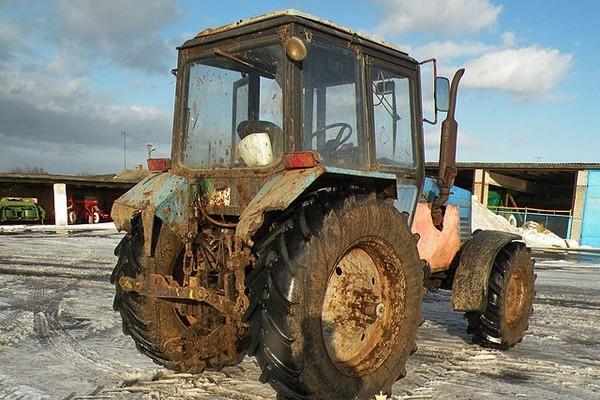 Смолянин украл запчасти для трактора на 700 тысяч рублей