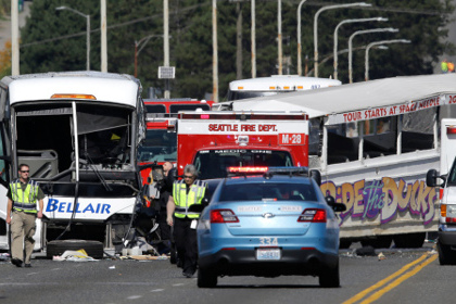 Четыре человека погибли в аварии с участием автобуса-амфибии в Сиэтле