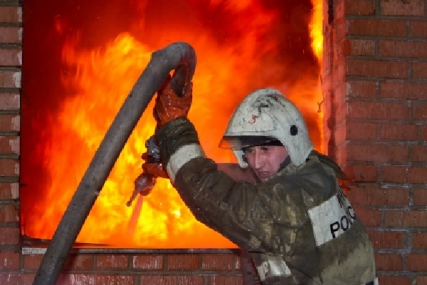 В Смоленской области ночью сгорела библиотека