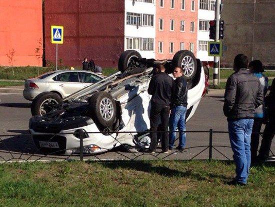 Неопытная автоледи перевернула Mitsubishi в Десногорске
