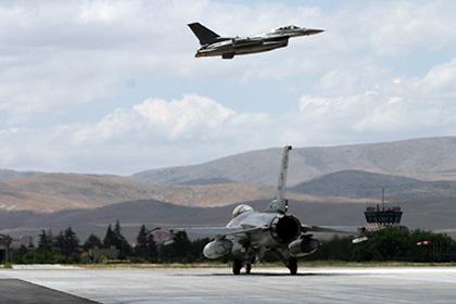 Турецкий Генштаб заявил о сбитом самолете
