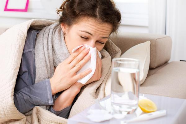 В Смоленске заболеваемость гриппом превысила пороговый уровень