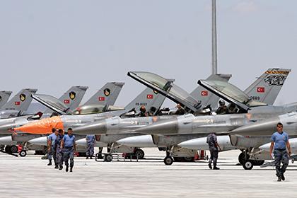 Турецкие ВВС отказались от полетов над Сирией