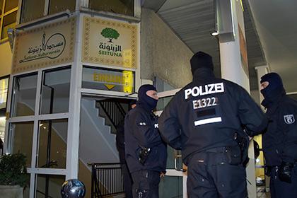 Немецкая полиция задержала двух подозреваемых в подготовке теракта