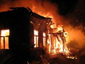 Четырехлетний ребенок и две женщины сгорели в собственном доме