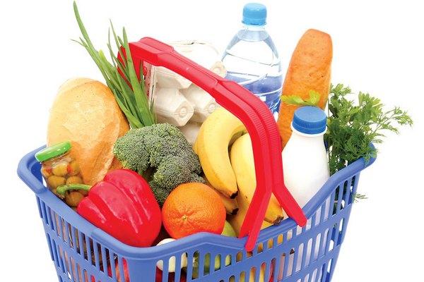 В Смоленске за неделю продовольственная корзина подорожала на полтора рубля