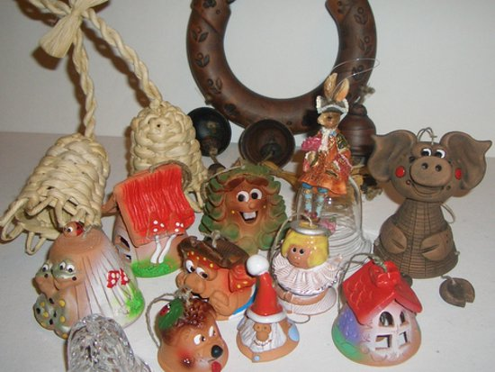 В Смоленске выставят колокольчики из лозы, ниток и глины