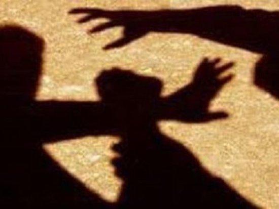 Троица смолян ограбила гражданина Анголы