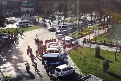 На центральной площади Стамбула произошел взрыв
