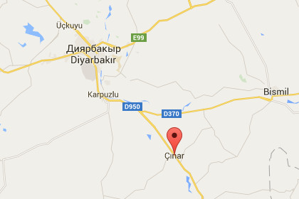На юго-востоке Турции боевики подорвали автомобиль у здания полиции