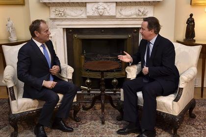 Евросоюз разрешил Великобритании ограничить социальную помощь мигрантам