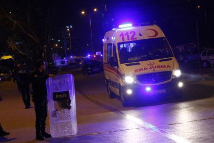 Число погибших при взрыве в центре Анкары выросло до 28