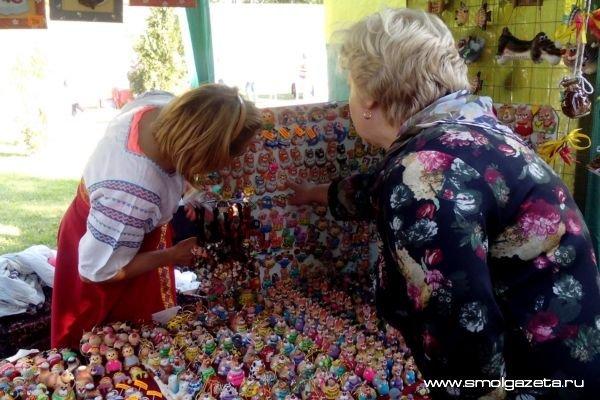 В Смоленске к Международному женскому Дню развернут выставку-ярмарку