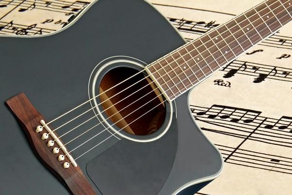 Концерт двух звёзд в Смоленске прошёл под бурные овации