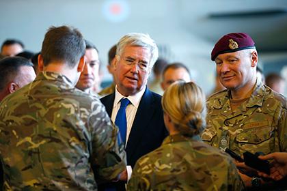 Великобритания отправила военнослужащих в Тунис