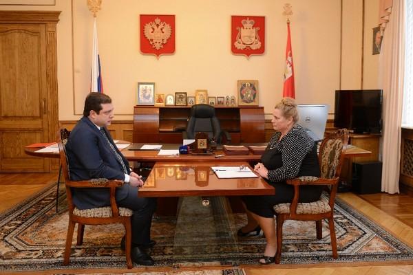 Губернатор Смоленской области обсудил перспективы развития Угранского района с главой муниципалитета
