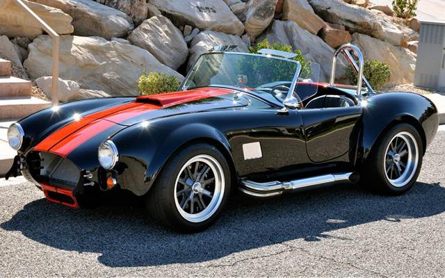 Автомобиль shelby cobra 1965