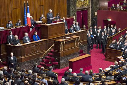 Парламент Франции обсудит отмену антироссийских санкций 28 апреля