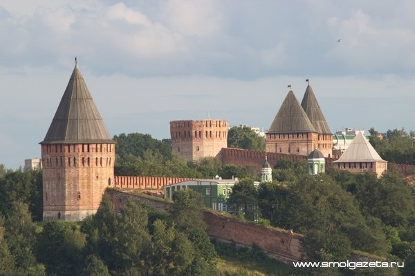 Смоленск занимает первое место среди городов России для недорого отдыха на майские праздники