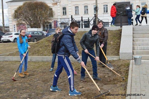 100 тысяч рублей из бюджета Смоленска пойдёт на ремонт воинских захоронений