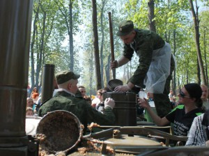 Полевая кухня обойдется казне в 25 тысяч рублей