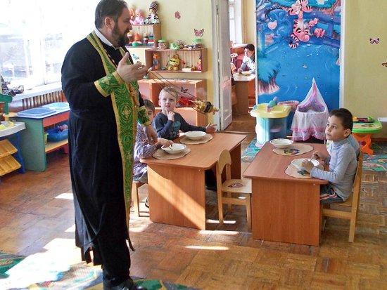 В Смоленске освятили старейший детский сад