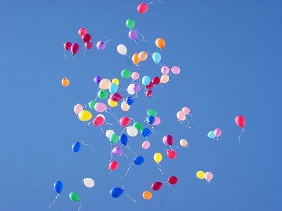 На флешмобе в День космонавтики запустят в небо тысячи шаров