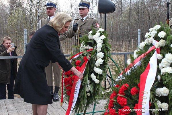 В Смоленске почтили память жертв авиакатастрофы 10 апреля 2010 года