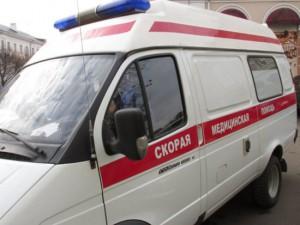 На Рославльском шоссе грузовик сбил мужчину и женщину