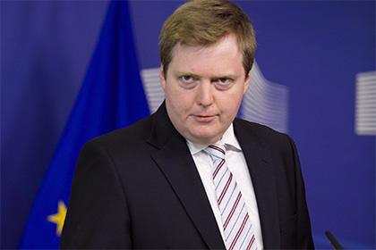 Премьер-министр Исландии подал в отставку после «офшорного скандала»