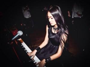 Смоляне услышат классику в обработке от самой красивой пианистки планеты