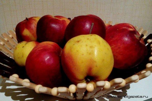В Смоленской области подорожали свежие яблоки, зато значительно подешевел картофель