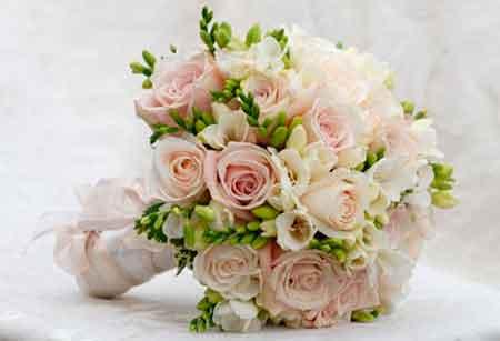 Рекомендации по изготовлению свадебной композиции из цветов