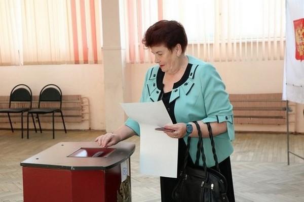 В Смоленской области в предварительном голосовании «Единой России» приняли участие более 10 процентов избирателей