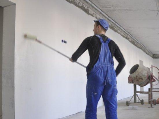 19-летний строитель вынес из дома работодательницы всю «ювелирку»