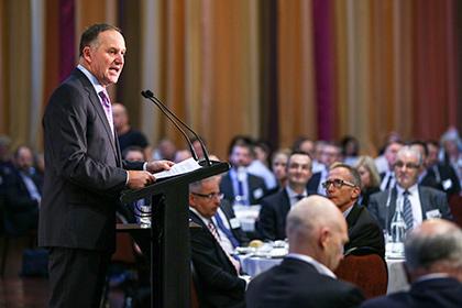 Премьер-министра Новой Зеландии выгнали с заседания парламента