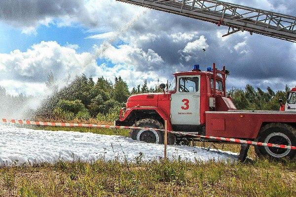 На юге Смоленской области тушили лесной пожар