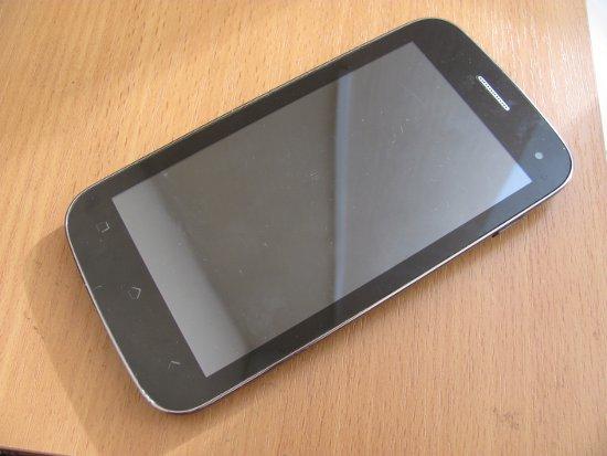 Обманом завладевший дорогим смартфоном молодчик ответит за мошенничество