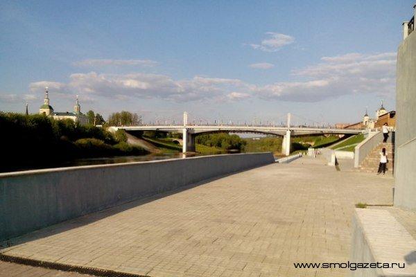 В Смоленске в честь Дня России на набережной Днепра устроят праздничный концерт