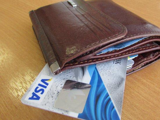 В Десногорске подросток украл кошелек у продавщицы