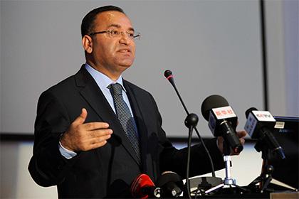 Минюст Турции направил в прокуратуру 117 уголовных дел против депутатов
