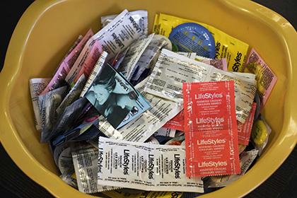Австрийским заключенным начали раздавать презервативы