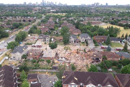 В результате взрыва дома в Канаде погиб человек