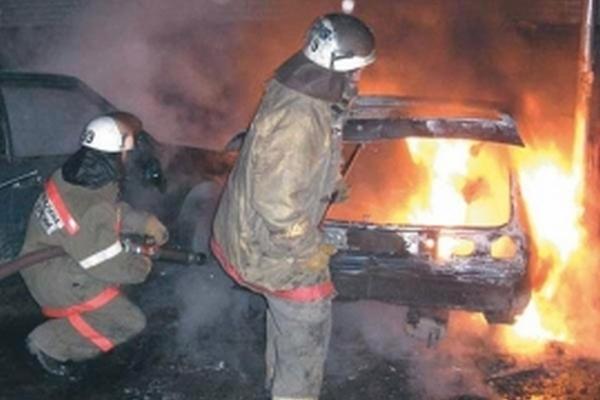 В Смоленске ночью сгорела «Лада Гранта»